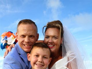 Barbara Knowles Wedding Photography and Planner 3