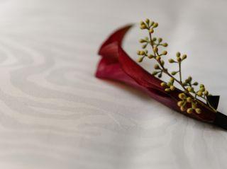 Petal's Edge Floral Design 3