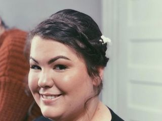 Nikki Creacy Hair Design & Makeup Artistry 4