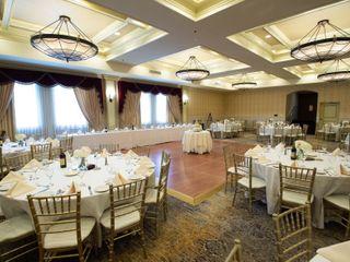 The Carleton Hotel of Oak Park 7