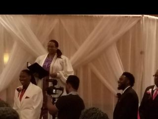 Rev. Vikki Tippins - Austin's Awesome Wedding Officiant 3