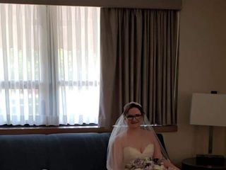 Darianna Bridal & Tuxedo 3