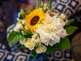 Linda's Flowers 1