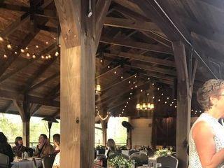 Dancing Bear Lodge & Appalachian Bistro 6