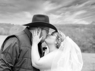 Crooked River Farm Weddings LLC 1