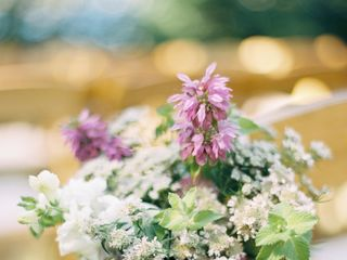 Chickadee Hill Flowers 5