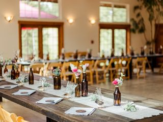 Meadow Creek Mountain Lodge and Event Venue 3