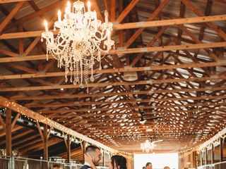 Bluegrass Wedding Barn 2