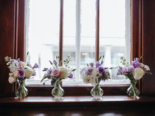 Allium Floral Design 1