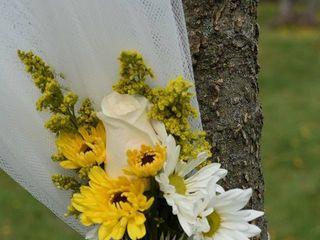 Perfect Petals Weddings and Events Florist 3