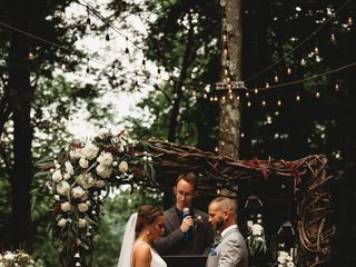 The Mohicans Treehouse Resort and Wedding Venue 1