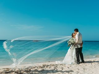 DestinationWeddings 4