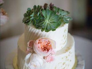 Bizzy B Cakes 1