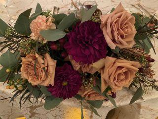 Fleur De Lis Florist 1