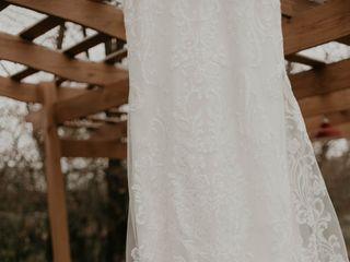 Raffiné Bridal & Formal Wear 2