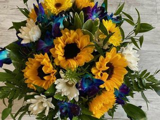 Carrie Anne Powell Floral Designs 1