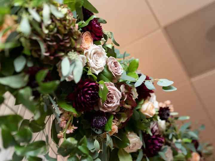 Decor Galore , Flowers , Woodcliff Lake, NJ , WeddingWire
