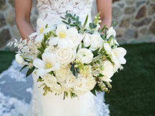 Lori's Flowers - Weddings & Events 1
