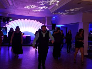 Dance n Groove DJ's & Entertainment Productions 1