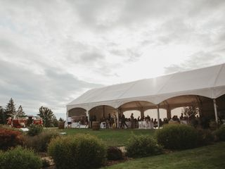 Gorge-ous Weddings at Wind Mountain Ranch 3