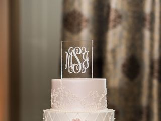 Couture Cakes of Greenville 1