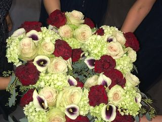 Ilienne Florals, Ltd 3