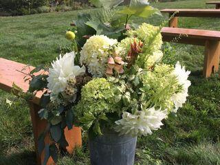 Riverstone Florals & Design 3
