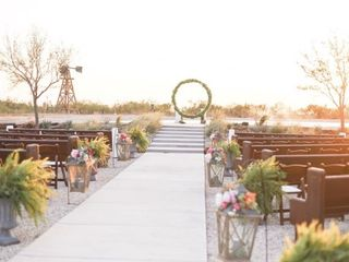 Twin Lakes Wedding & Event Center 5