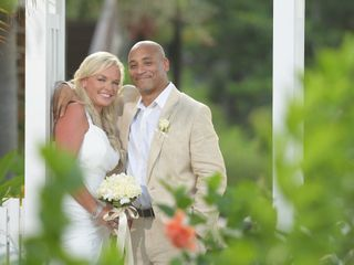 Linda Dancer with Honeymoons 1