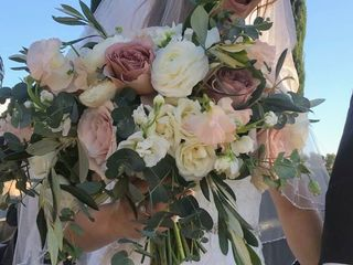 Sweet Pea Floral Creations 1