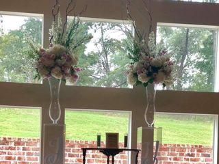 Venia Floral and Event Design 1