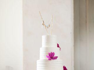 Perfect Wedding Cake 6