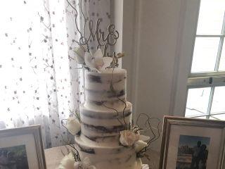 Palermo's Custom Cakes & Bakery 4