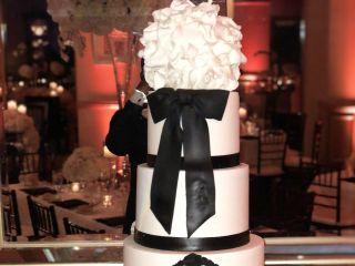 Cakes by La'Meeka Custom Cake Designs 3