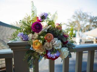 Sweetbay Flowers 1