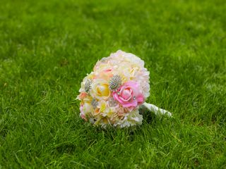April's Floral Expressions 7