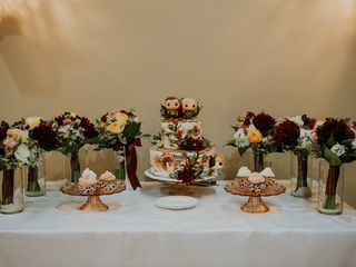 Creative Cakes at the Briarhurst (formerly Creative Cakes by Carol) 4