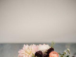 Viridescent Floral Design 3