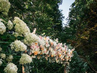 LB Floral 5