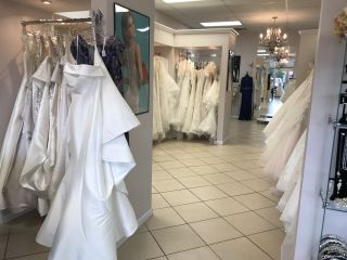 Loretta Bridal Boutique 4