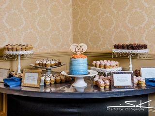 NoRA Cupcake Company 3