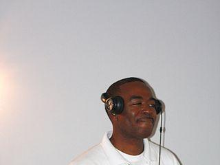 Pick 42 Mobile DJs 1