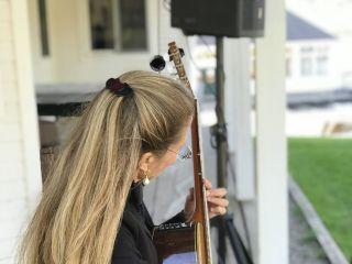 Samantha Wells Guitar 1