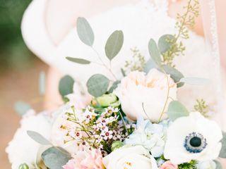 Monica's Brides & Touch of Glitz Flowers 5