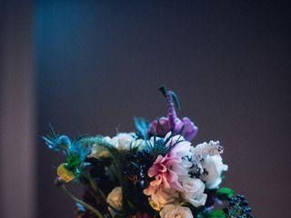Anny Heid Flowers 3