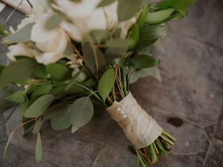 Radiant Floral Arrangements 1