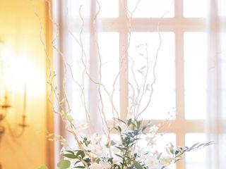 Fleur de lis Florist 6