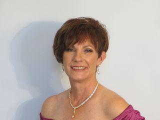 Julie Munn Makeup Artist 4