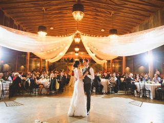 Moore Farms Rustic Weddings & Event Barns 7