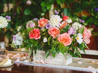 Peace & Plenty Flowers 4